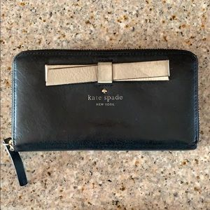 Kate Spade Leather Wallet (used)